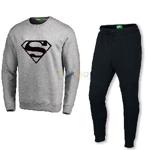 Sweater gris claire Superman et pantalon jogging